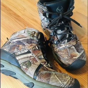 4971e23a917 Realtree Shoes | Size 8 Real Tree Zack Xtra | Poshmark
